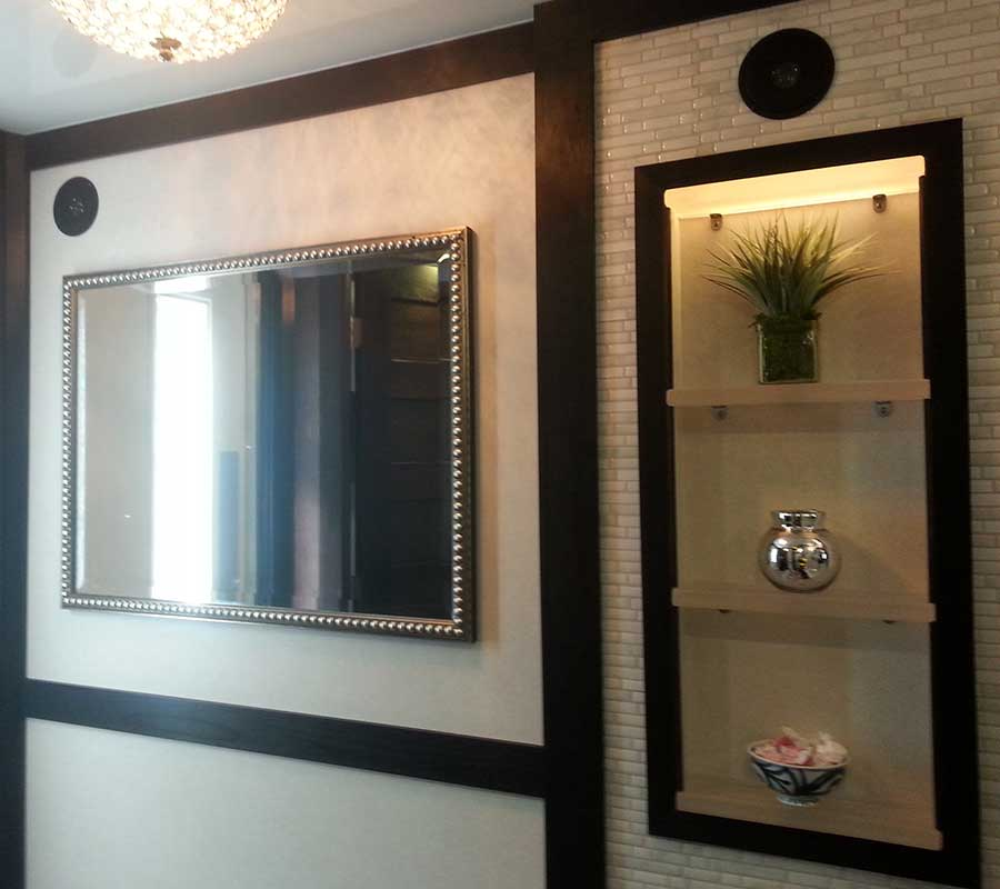 Crown-Interior-Mirror-Shelves