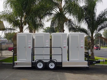 Quad-VIP-Portable-Restroom-Trailer