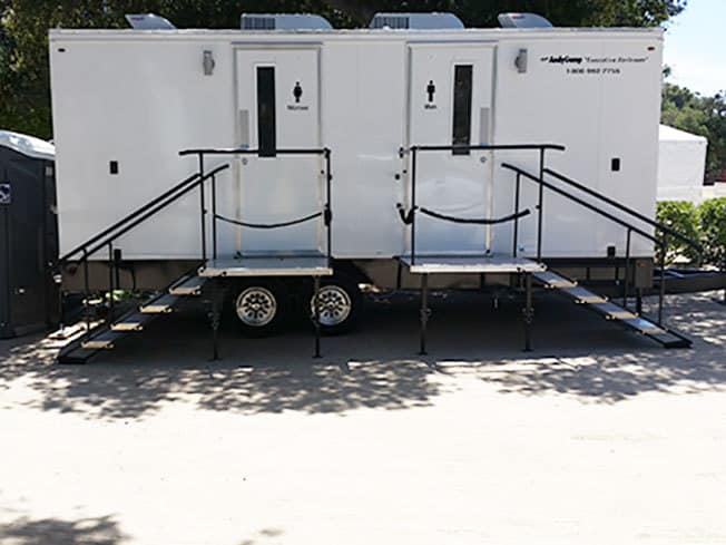 Executive Restroom Trailer
